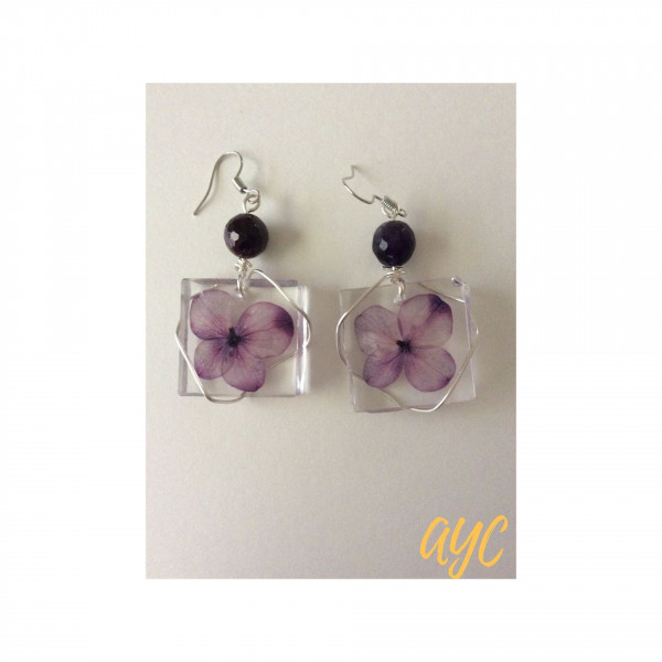 Resin Square Earrings With Purple Flower